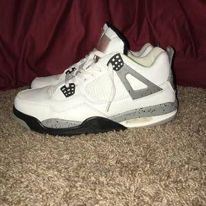 Jordan 4 Retro cement size 11